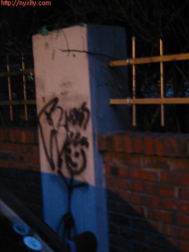 Upload:Graffity10.jpg
