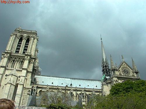 Upload:Paris07.jpg